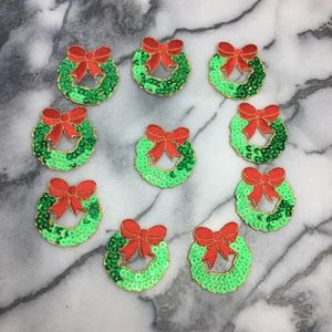 Brand New 10 pack applique Holiday wreath patch !